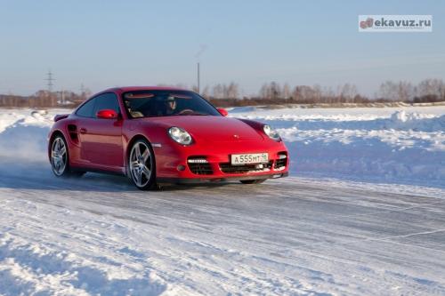Porsche 911 997T - ураган в переулке - Эксклюзивные автомобили Екатеринбурга